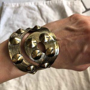 Jewelry - Bronze gold studded cuff
